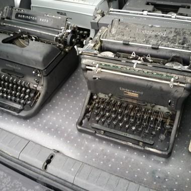 Buying typewriters