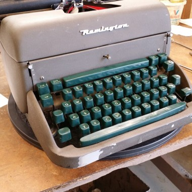 Remington Rand Desktop