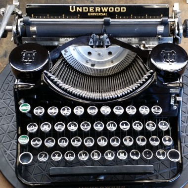 Underwood Univeral Portable from the 30's