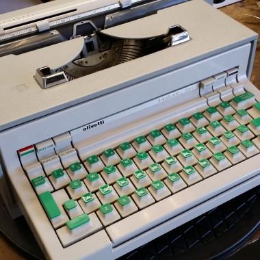 Olivetti PRAXIS 48