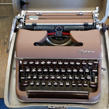 Olympia Brown SM Portable from 1956
