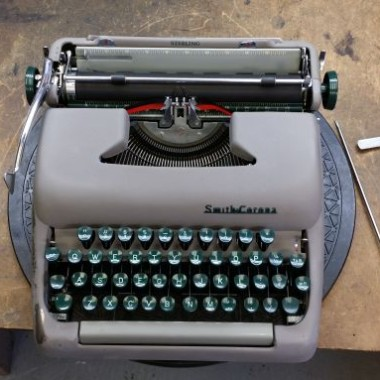 Smith-Corona Sterling from 1953 – For Sale $225