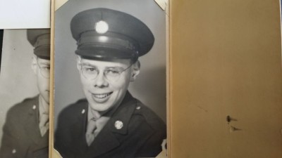 Bob Montgomery, 1942