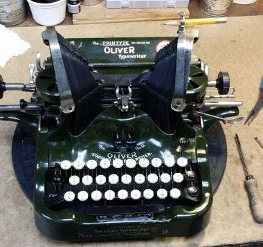 Oliver 9 – Big Green!