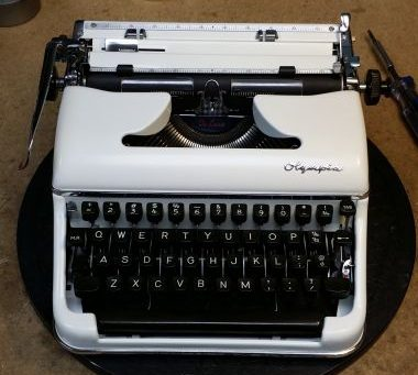 Olympia SM3 from 1957 – Repainted and Looks Good