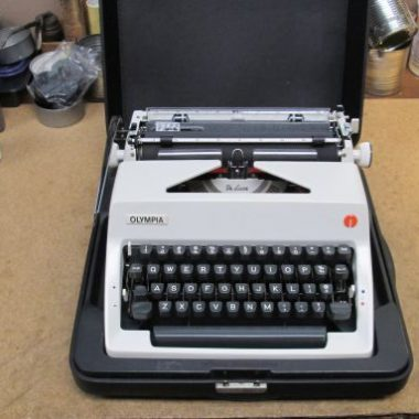Olympia SM7 Portable Typewriter from 1972 – For Sale $235