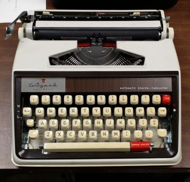 Brother Wizard Auto Portable Typewriter – For Sale $195