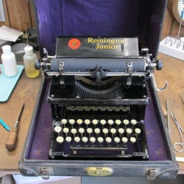 Remington Junior Typewriter, what a treat!