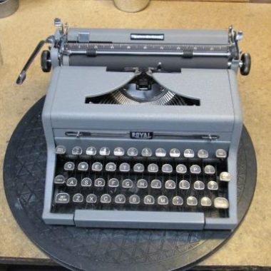 Royal Quiet Deluxe Typewriter 1950 – For Sale $285