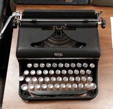 Royal Varsity Portable Typewriter from 1940 – For Sale $355