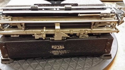 Royal_deluxe_dd
