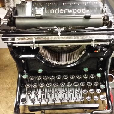 Underwood #6 Champion – Very Black and Shiny