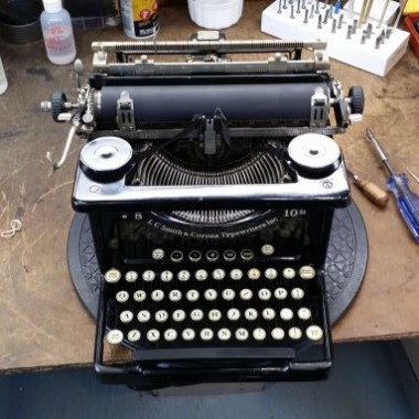 L.C. Smith Desktop Typewriter from 1930- For Sale $ 275