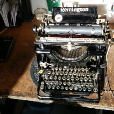Remington Standard 11 Typewriter from the year 1920