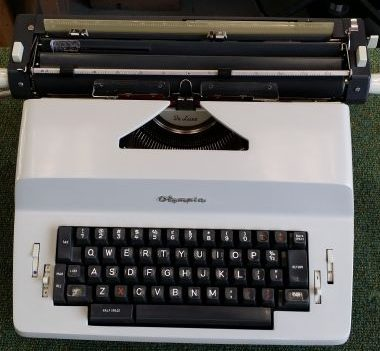 Olympia SGE-30 Electric Typewriter – For Sale $325
