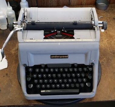 Underwood Golden Touch from 1957 – For Sale $355