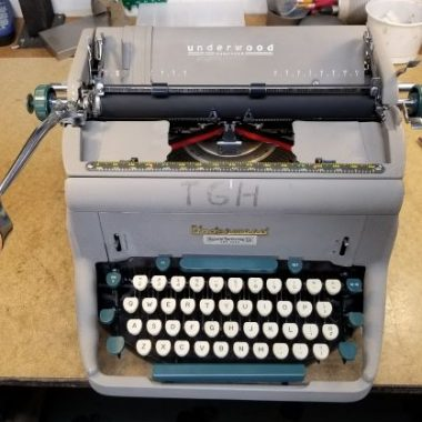 Underwood Typewriter with Very Tiny Type