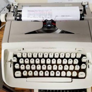 Royal Safari Typewriter from 1966 – For Sale $225