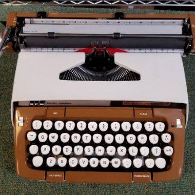 Smith-Corona Classic 12 Script – For Sale $385